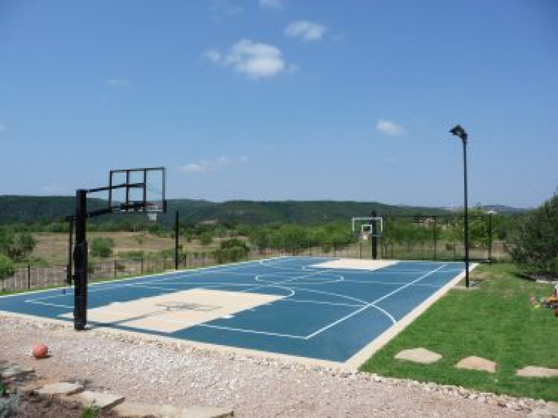 Austin Backyard Court